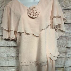 Peach Vintage Looking Dress with Rosette